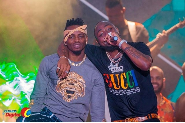 Diamond Platnumz Performed with Davido At Davido's 30billion Concert In Tanzania