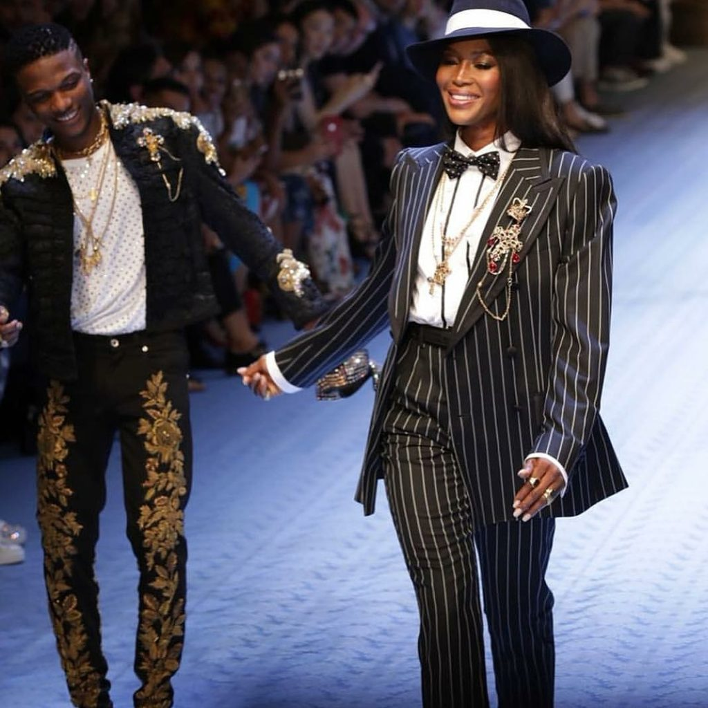 Wizkid & Naomi Campbell Walk For Dolce & Gabbana