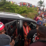 Port Harcourt Residents Troop Out To Greet Davido As He Shoots 'AZA' Video With Duncan Mighty