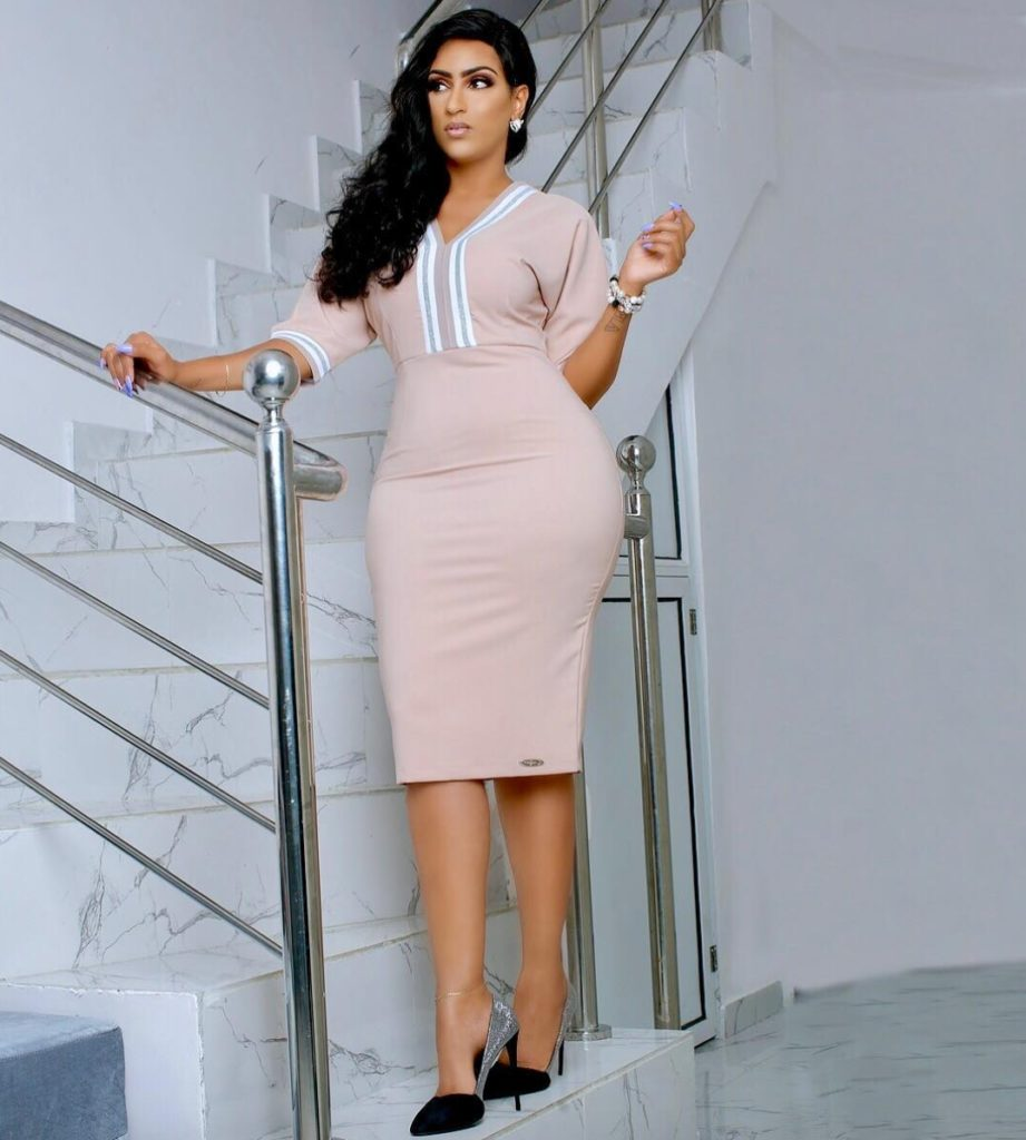 Hot Ghanaian actress Juliet Ibrahim advises ladies on cheating men