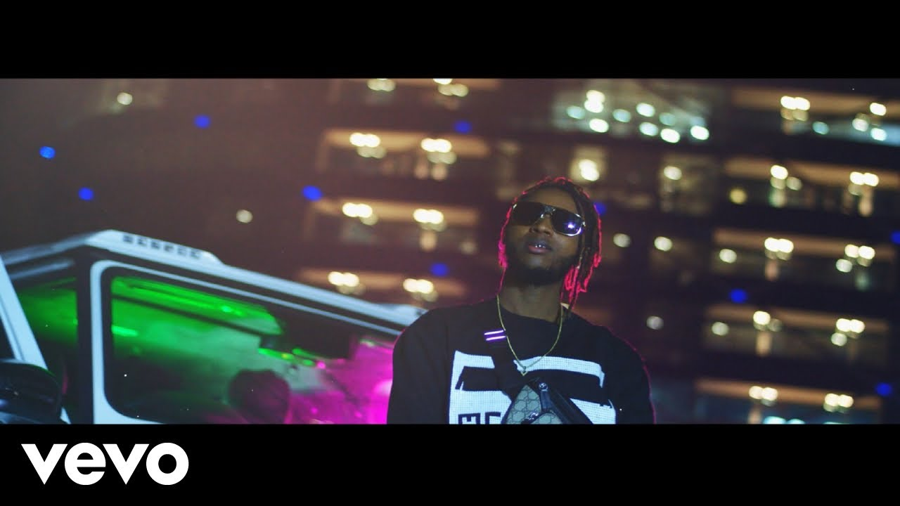 Yung6ix - ina the Benz video